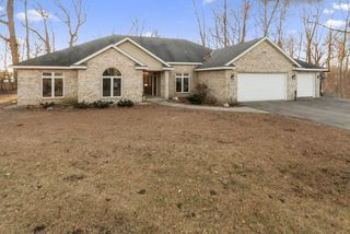 5680 Island View Ct