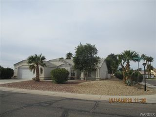 2921 Country Club Dr