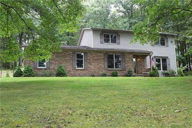 163 Woodcrest Rd, Butler County, PA 16002 - MLS# 1361068