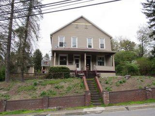 1219-1221 Bedford Street