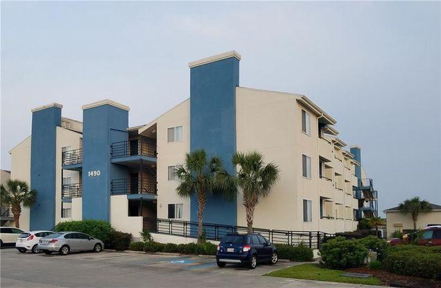 1490 Harbor Drive Unit306 - Photo 1 of 15