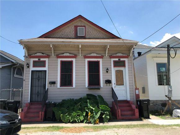 214 16 N Pierce Street - Photo 1 of 19
