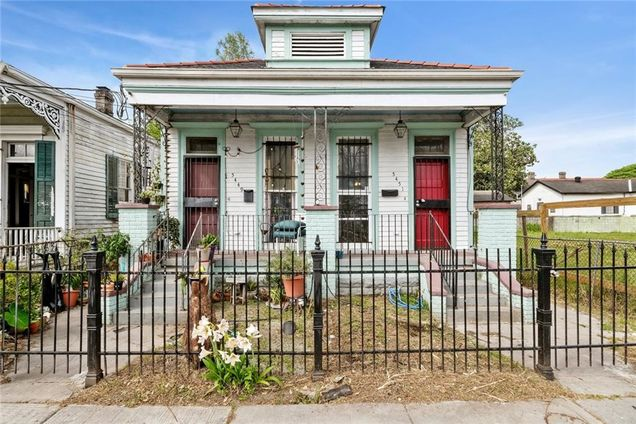 5449 51 Chartres Street - Photo 1 of 15