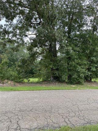 10211 Oak Drive