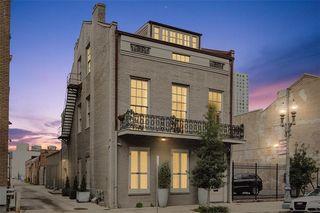815 Baronne Street