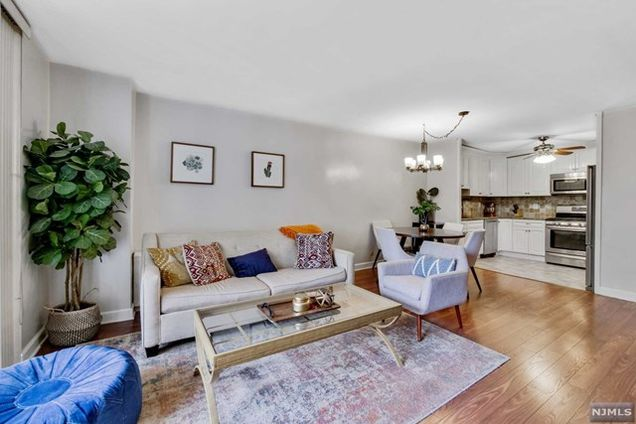 530 Valley Road Unit2B - Photo 1 of 1