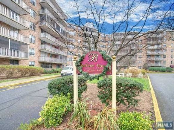 530 Valley Road Unit2T - Photo 1 of 1