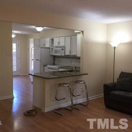 102 New Cooper Square Unit 102 Chapel Hill Nc 27517 Mls 2115137