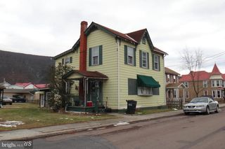 122 Clarence Street
