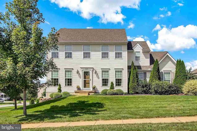 Phenomenal 1626 Hampden Drive York Pa 17408 Mls 1000795855 Estately Download Free Architecture Designs Rallybritishbridgeorg