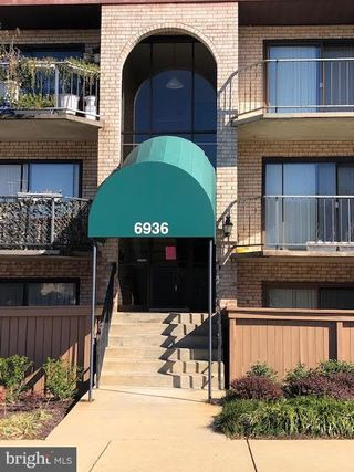 6936 Hanover Parkway Unit 100