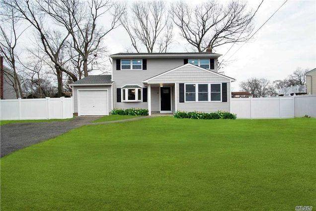 15 Buick Dr - Photo 1 of 26