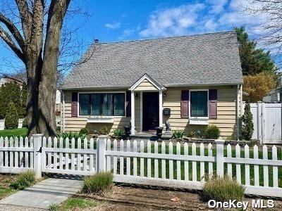 891 Oyster Bay Road Road - Photo 1 of 23