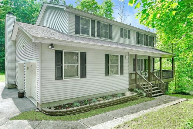 10 Lilac Hill Road - Photo 1 of 1