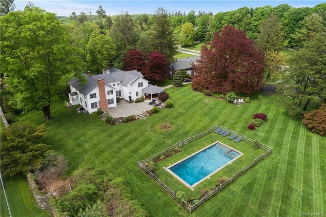 9 Great Hill Farms Road - Photo 1 of 1