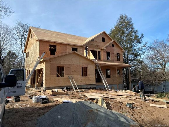 6 Hickory Hill Road - Photo 1 of 12
