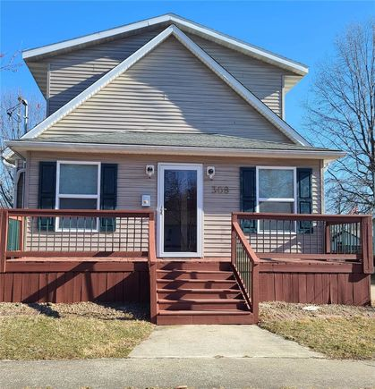 308 S Hickory - Photo 1 of 20