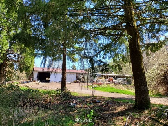 624 Highland Valley Road - Photo 1 of 39