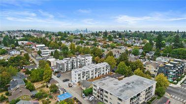 5439 California Avenue SW UnitE