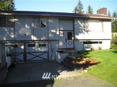2223 SE 95th Place - Photo 1 of 1