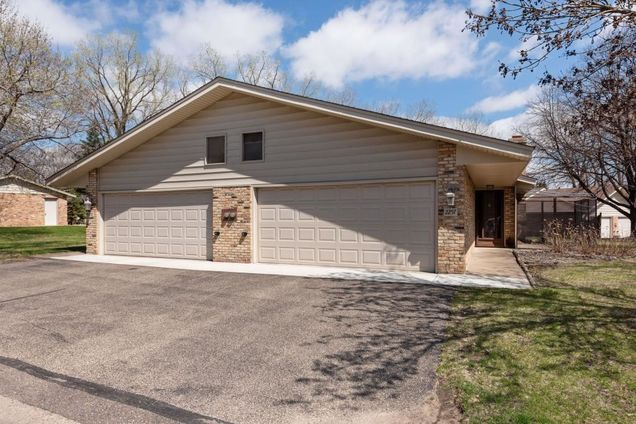 2257 Country Lane - Photo 0 of 1