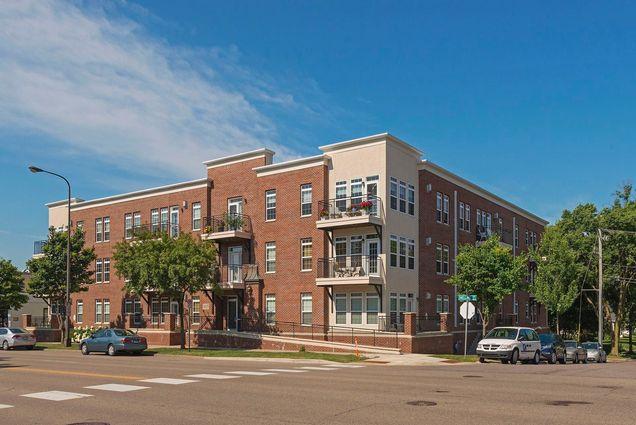 605 Snelling Avenue S Unit306 - Photo 0 of 32