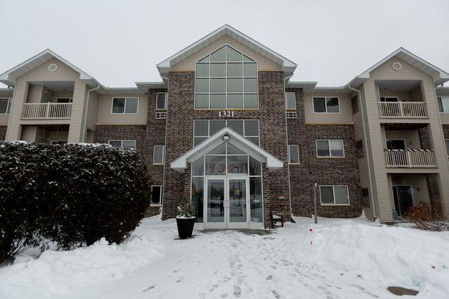 1321 Lake Drive West Unit221 - Photo 1 of 1