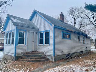 204 Birch Street N