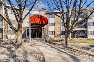 3150 Glen Oaks Avenue Unit 202A