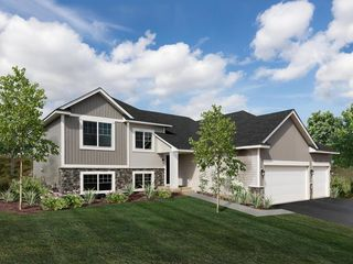 948 Forest Edge Circle