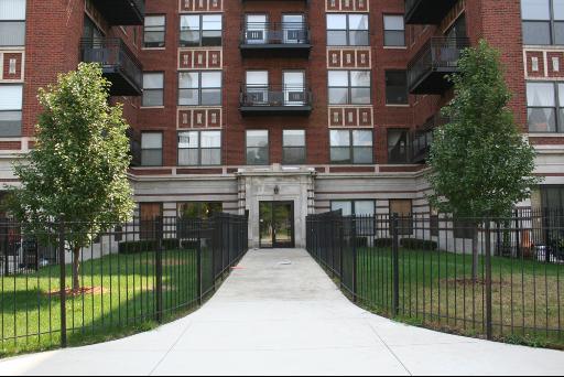4537 S Drexel Boulevard Unit705 - Photo 1 of 1
