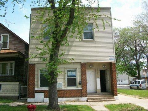 10843 S Hoxie Avenue - Photo 1 of 16