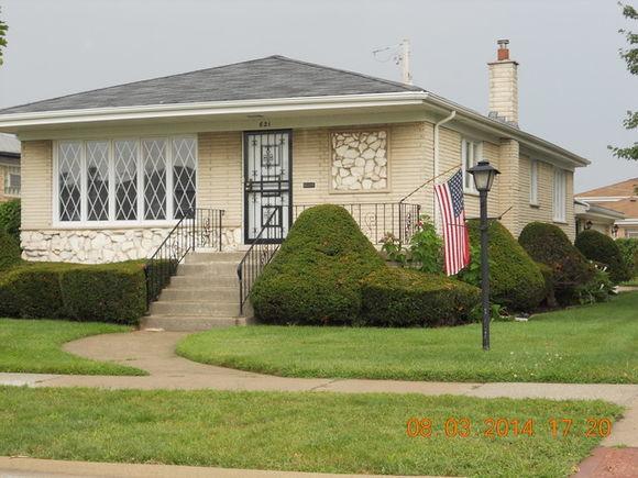 621 Marquette Avenue S - Photo 1 of 17