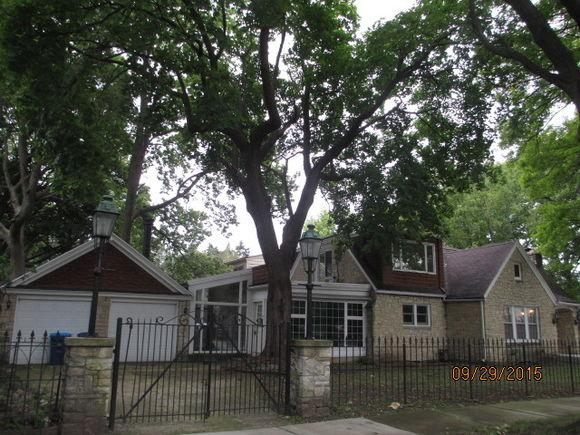 222 W Lawndale Avenue - Photo 1 of 23