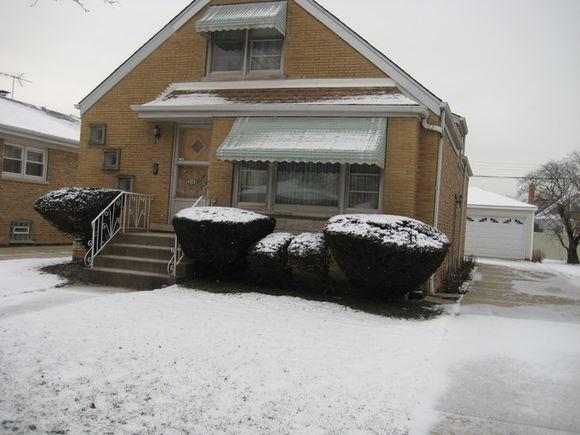 4909 N Neenah Avenue - Photo 1 of 19