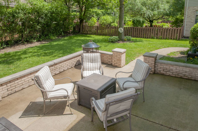 357 Donna Ln Bloomingdale Il 60108, Patio Furniture Bloomingdale Il