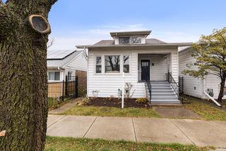 5356 W Waveland Avenue