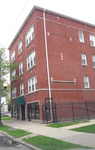2549 N Laramie Avenue Unit2E
