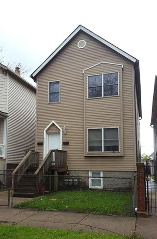 613 W 43rd Place