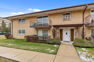 6130 S Kensington Avenue Unit 201B