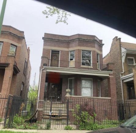 173 N Lamon Avenue - Photo 1 of 14