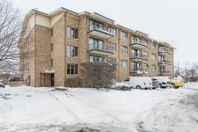 4009 W 93rd Place Unit3F - Photo 1 of 15