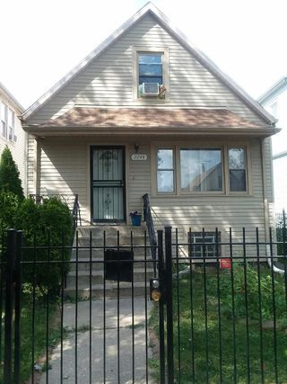 2248 W 54th Place