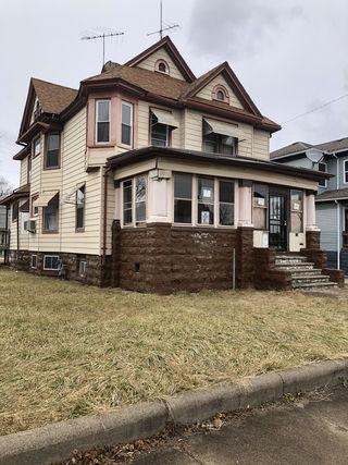 615 E Benton Street