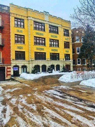 1127 W Farwell Avenue Unit208 - Photo 1 of 6