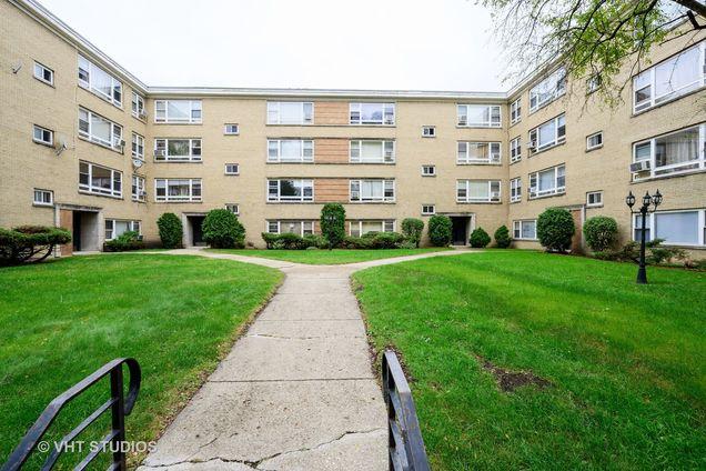 6115 N Seeley Avenue Unit2 - Photo 1 of 11