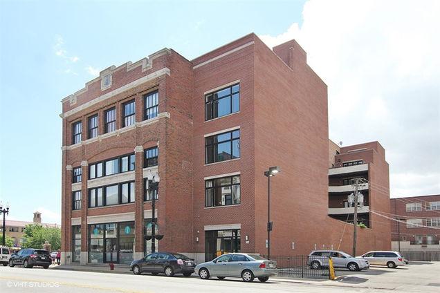 2332 S Michigan Avenue Unit409 - Photo 1 of 10