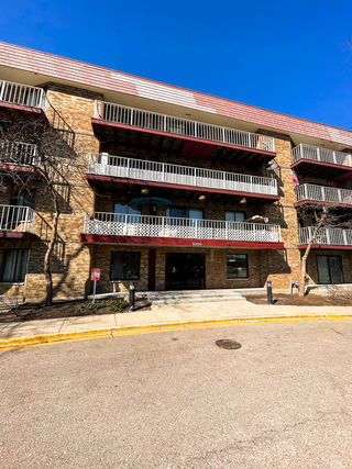 5400 Astor Lane Unit 307
