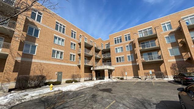1 S Lincoln Avenue Unit211 - Photo 1 of 21