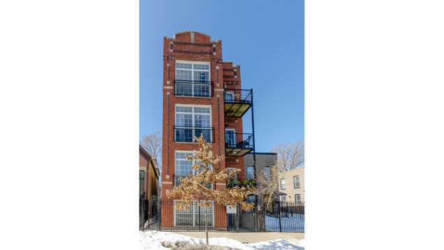 1510 N Maplewood Avenue Unit2 - Photo 1 of 17